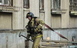 К жаловавшимся Махонину на зарплаты пожарным пришли с проверкой