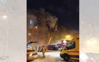 «23 человека спасли по автолестнице». В жилом доме в Перми произошел серьезный пожар