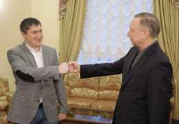 Жертвы пандемии, Варламов и губернатор Беглов: новости края за выходные