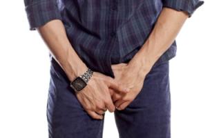 Болит правое яичко: опасно ли это?