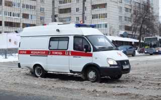 В Перми упавшей с крыши трубой придавило двух женщин