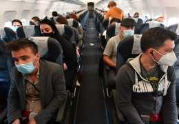 Роспотребнадзор назвал страны, куда можно безопасно поехать на отдых в период пандемии