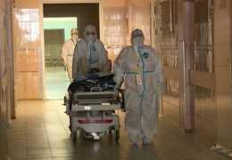 В Санкт – Петербурге растет число госпитализаций с COVID – 19