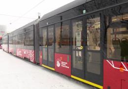 В Пермь прибыло еще три трамвая «Львенок»