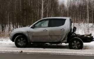 «Кузов машины спас жизнь». В Пермском крае пикап врезался в фуру
